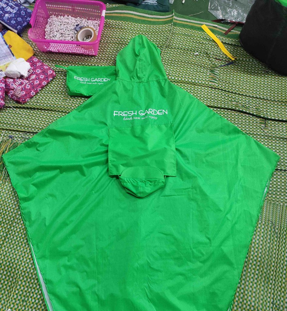Cơ Sở may áo mưa quà tặng tại Hà Nội , Bắc Ninh , Bắc Giang